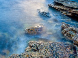 Windows 7 Rocky Water Wallpaper