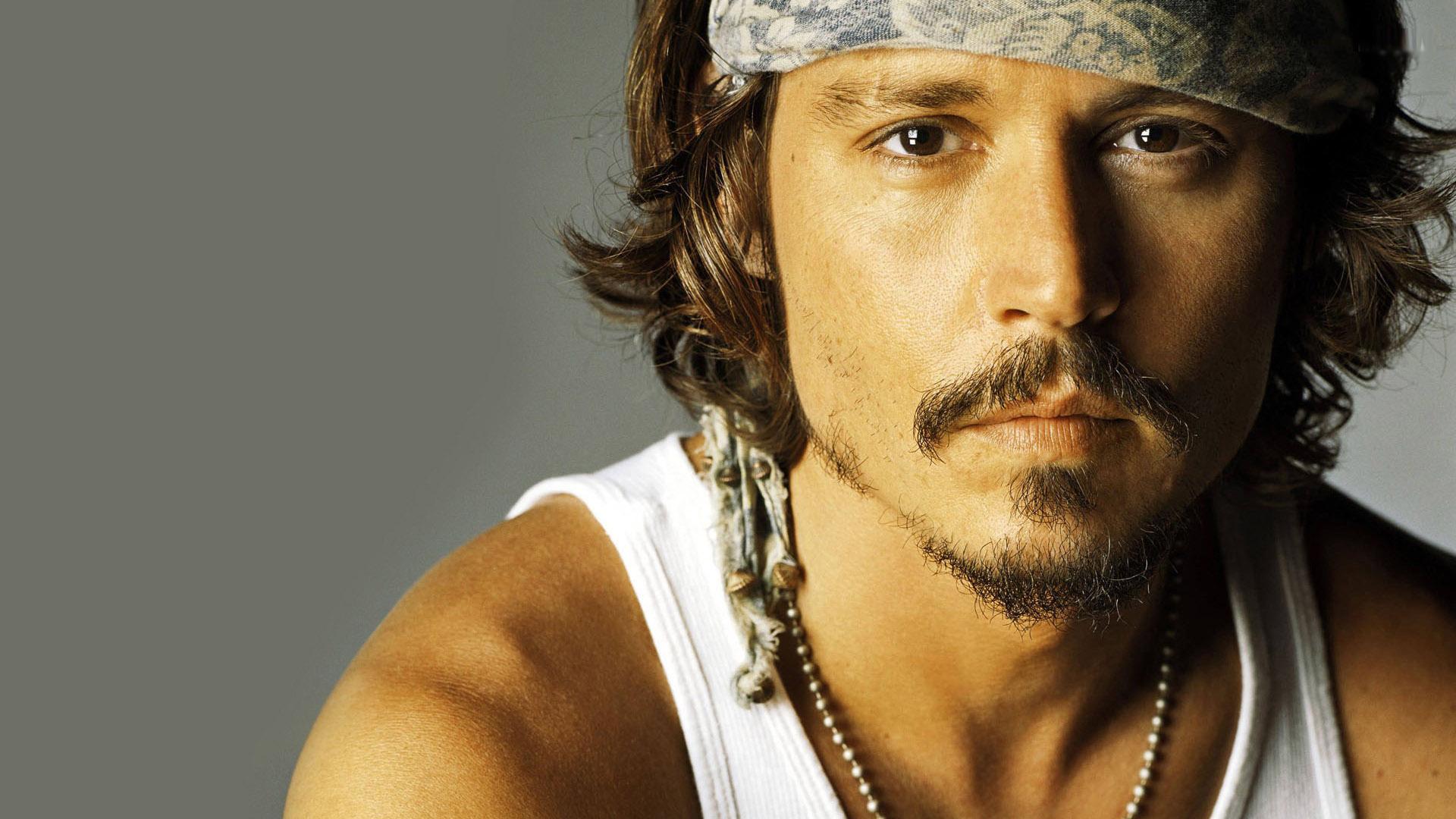 Photogenic HD Johnny Depp Wallpaper