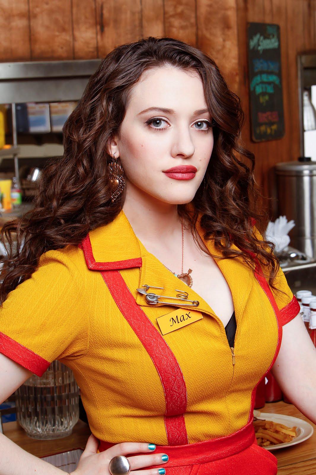 Max 2 Broke Girls HD Wallpaper