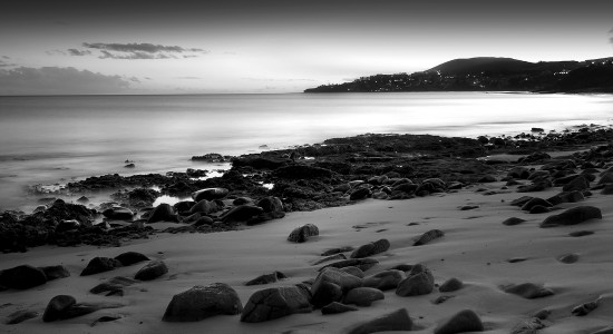 Black-and-White-beach-wallpaper