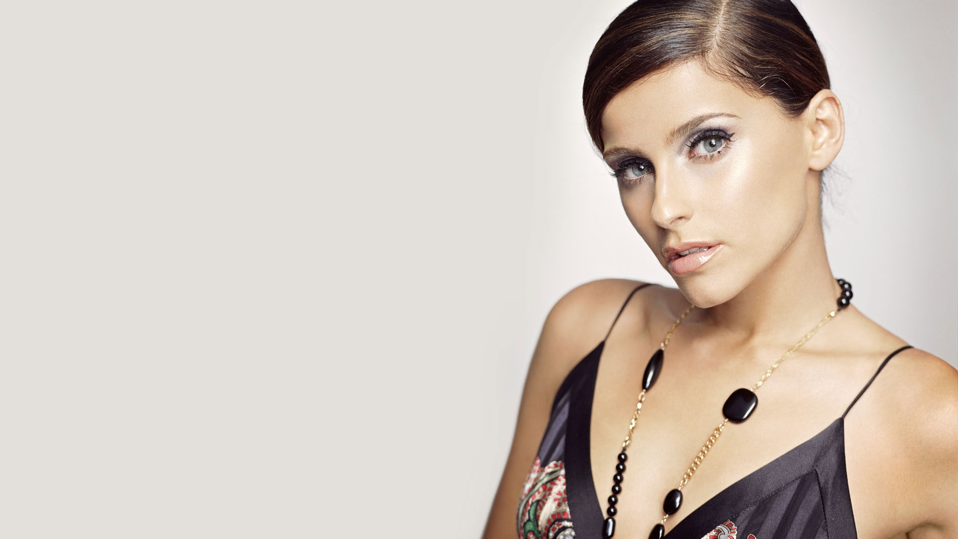 hd nelly furtado wallpapers - photo #2