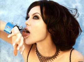 Angelina Jolie Pose HD Image