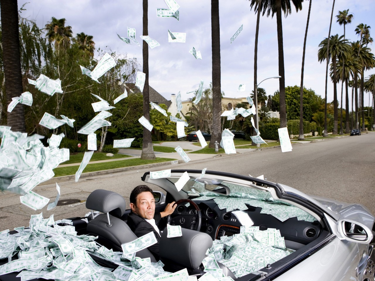 Jordan Belfort Making It Rain Money Hd Wallpapers