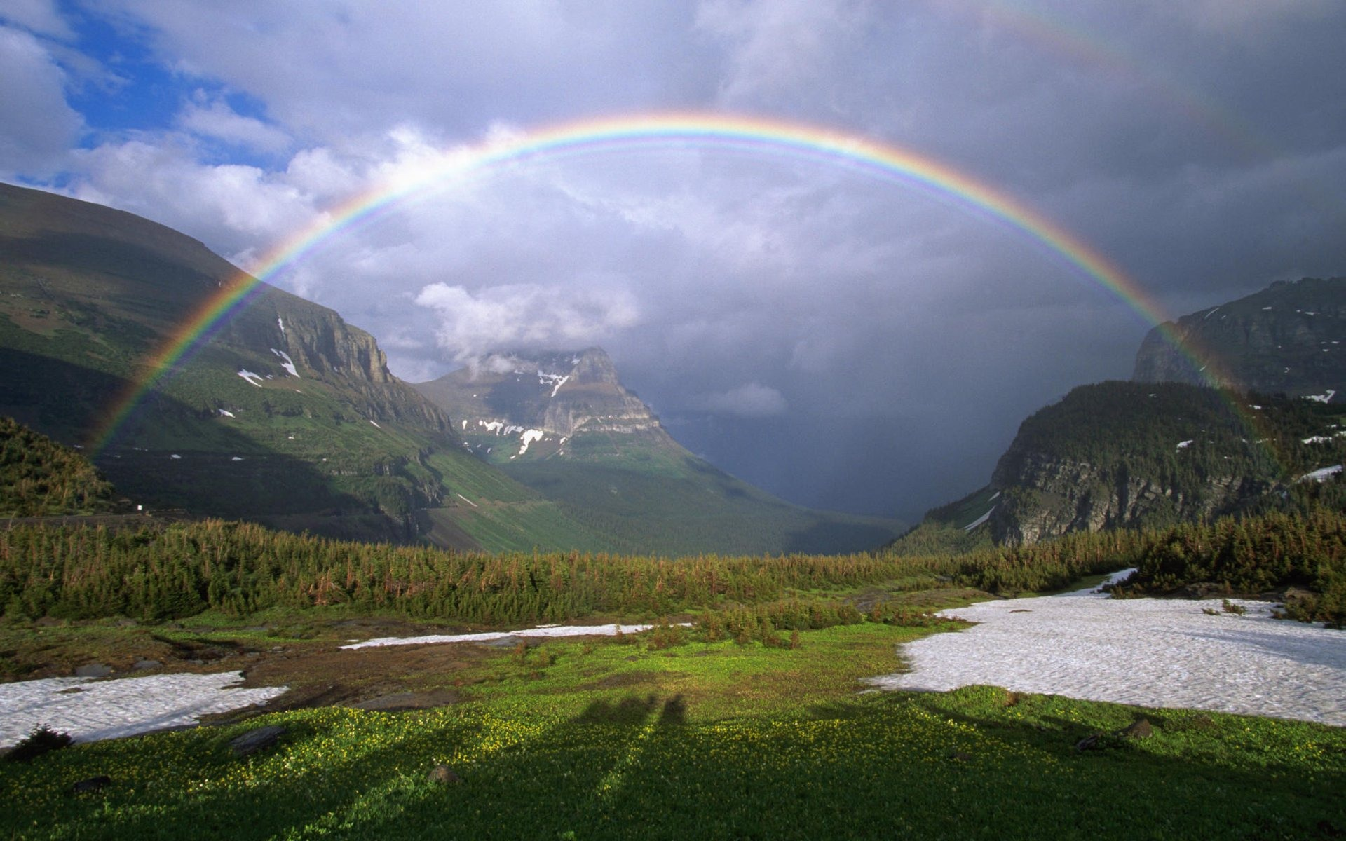 Picturesque High Resolution Rainbow Background