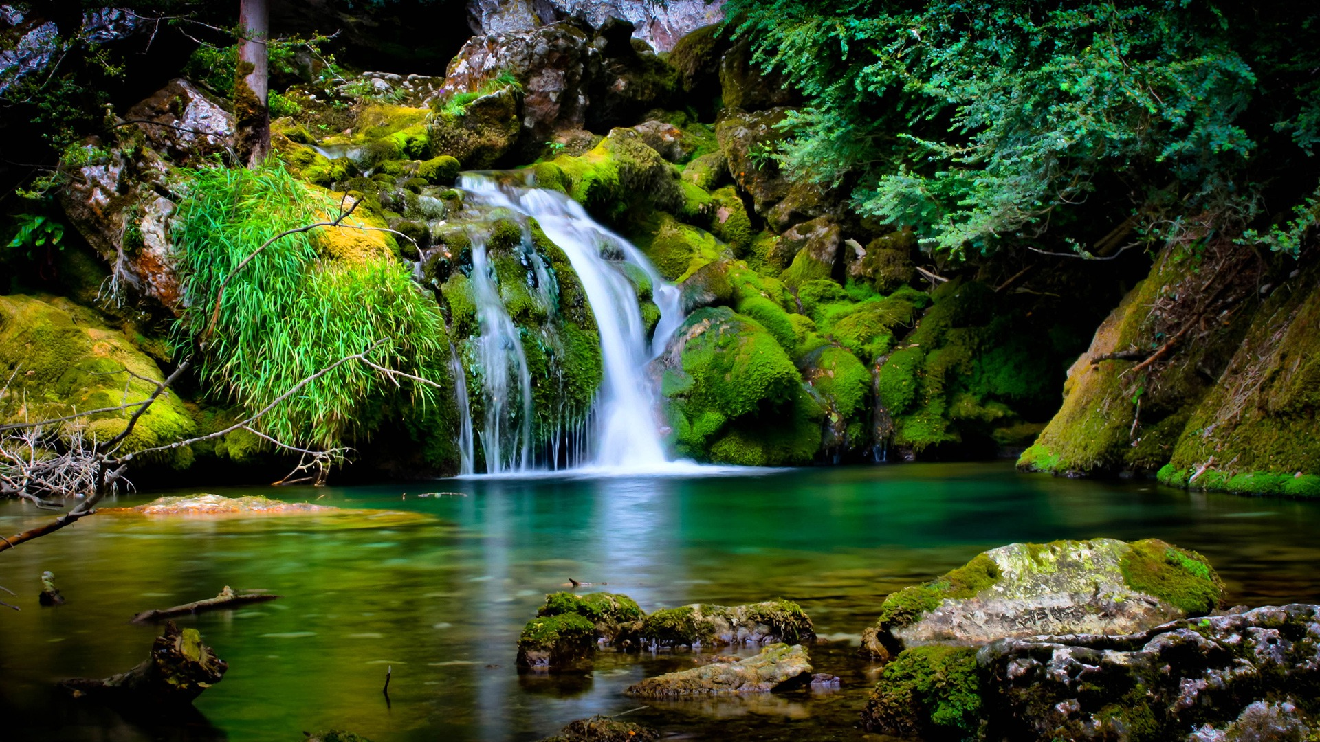 Serene Desktop Waterfall Wallpaper - HD Wallpapers