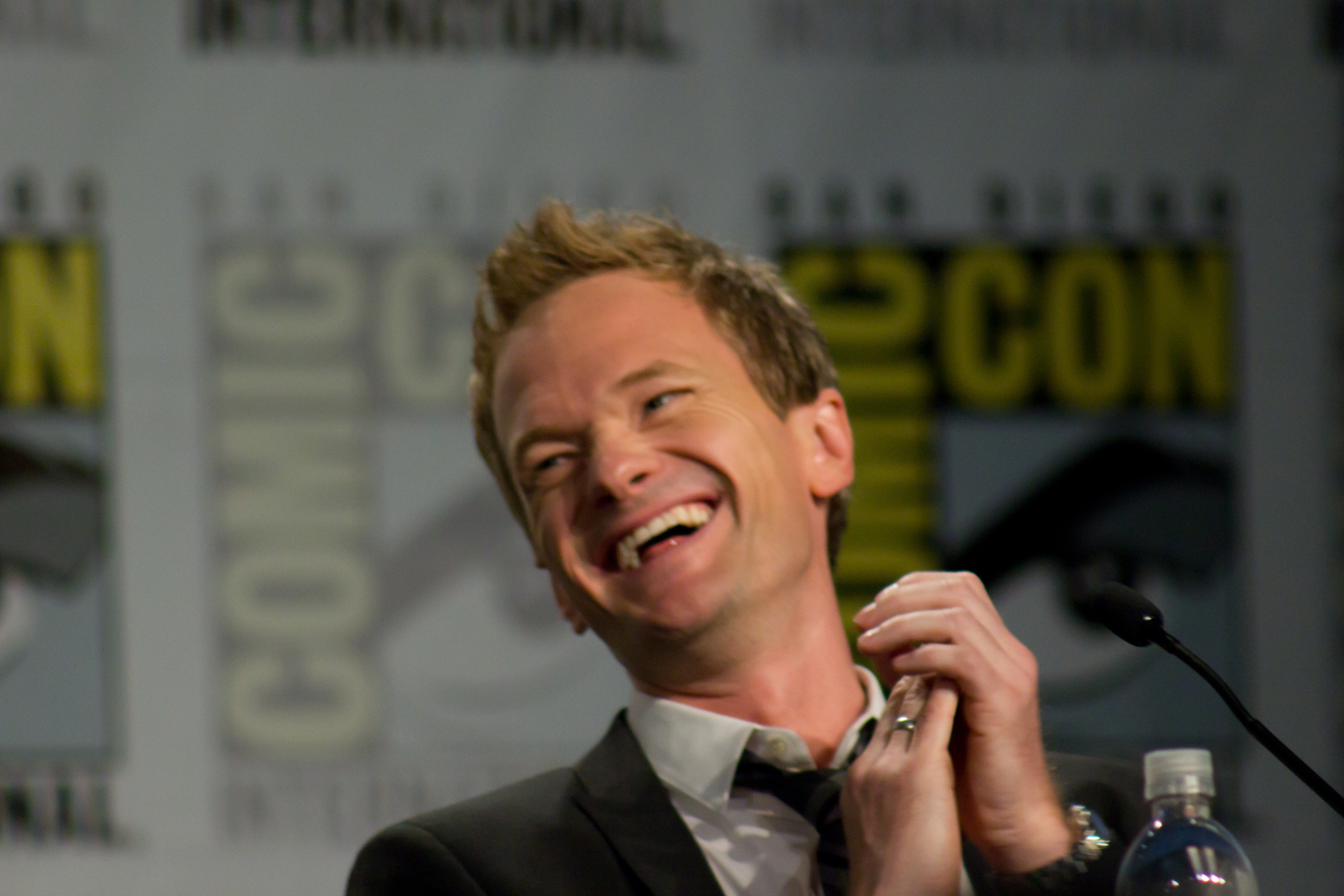Barney Stinston How I Met Your Mother Background