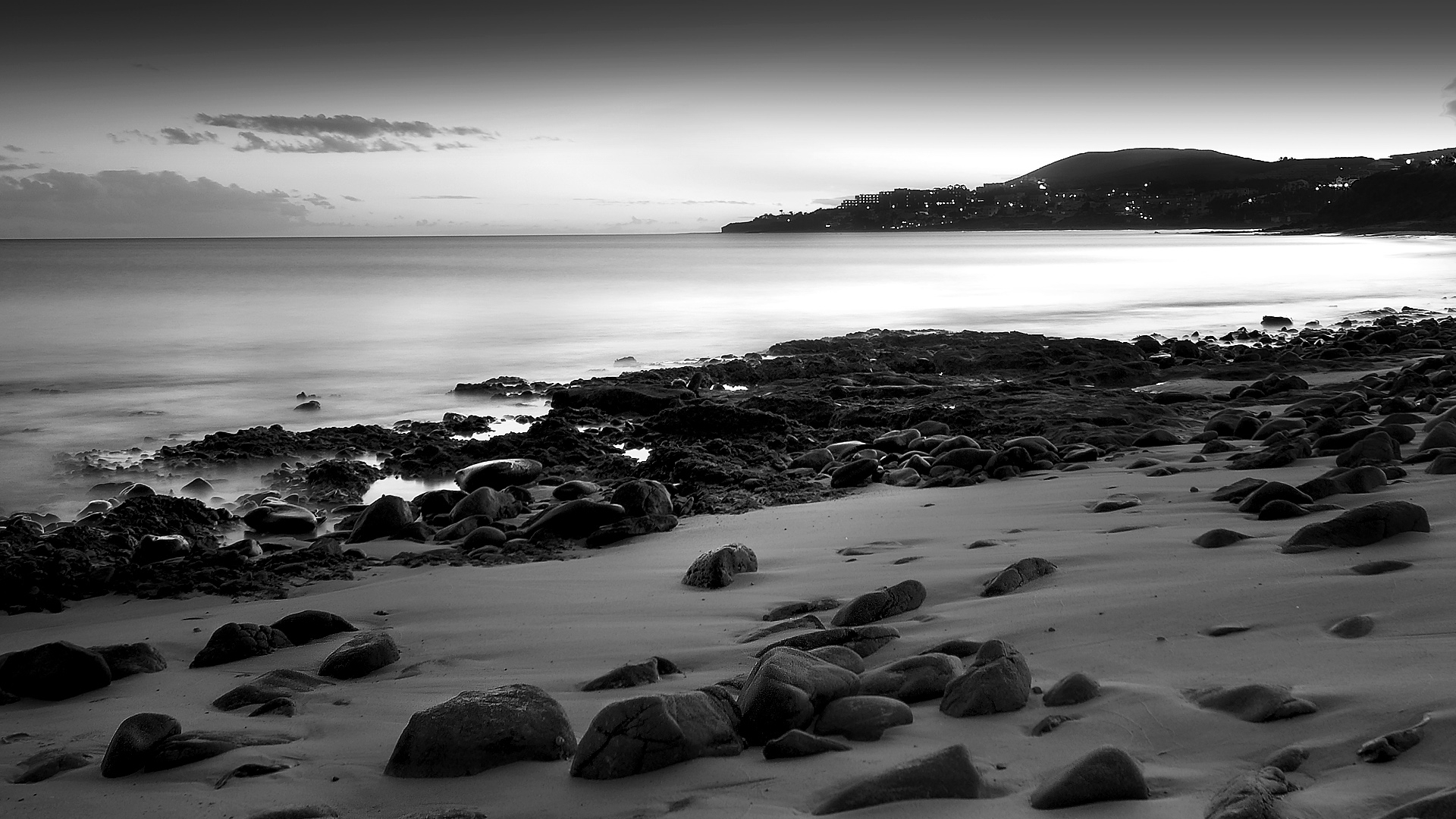Black and white beach wallpaper hd wallpapers - Black and white hd wallpapers black background ...