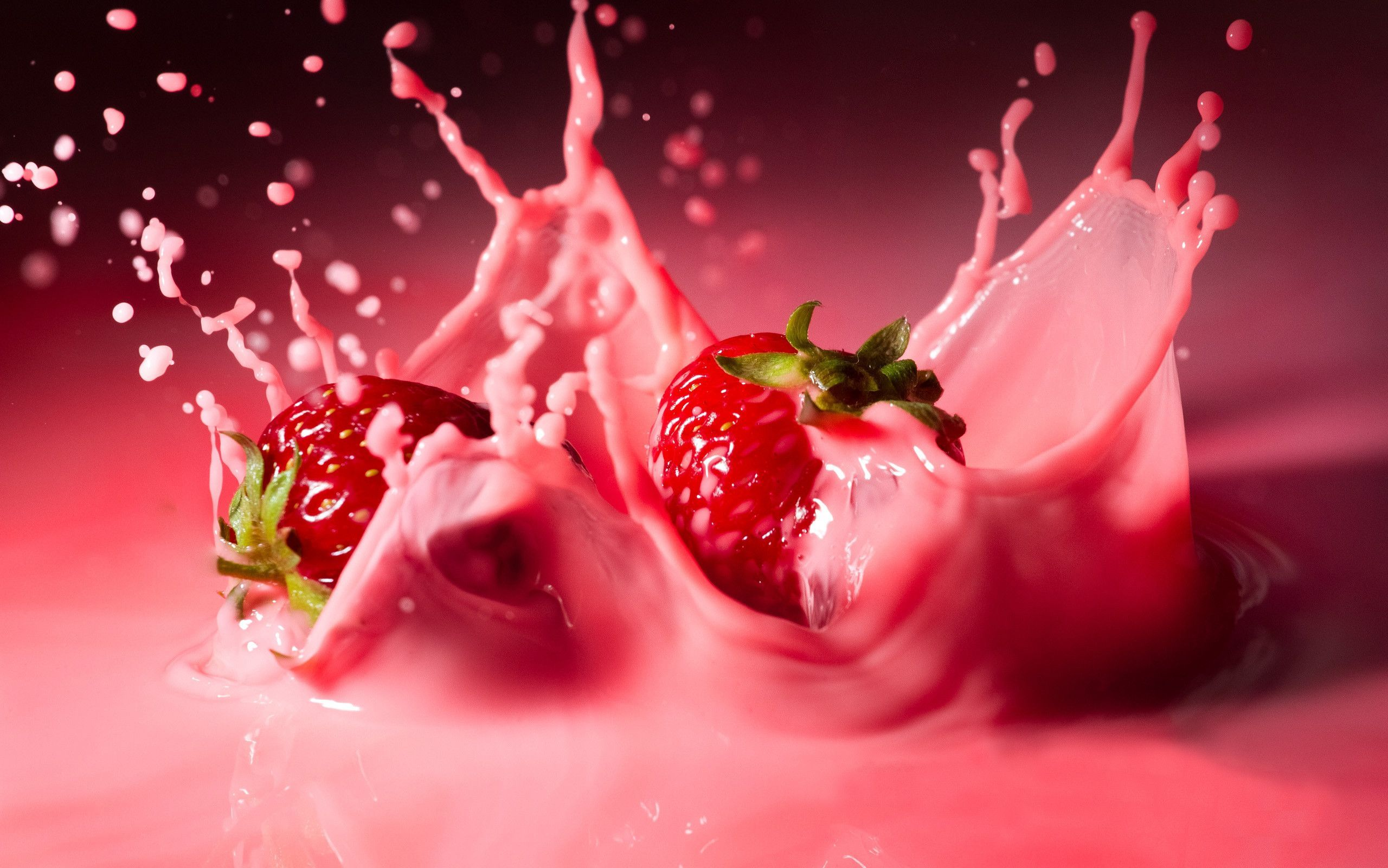 Pink Strawberry Splash Wallpaper