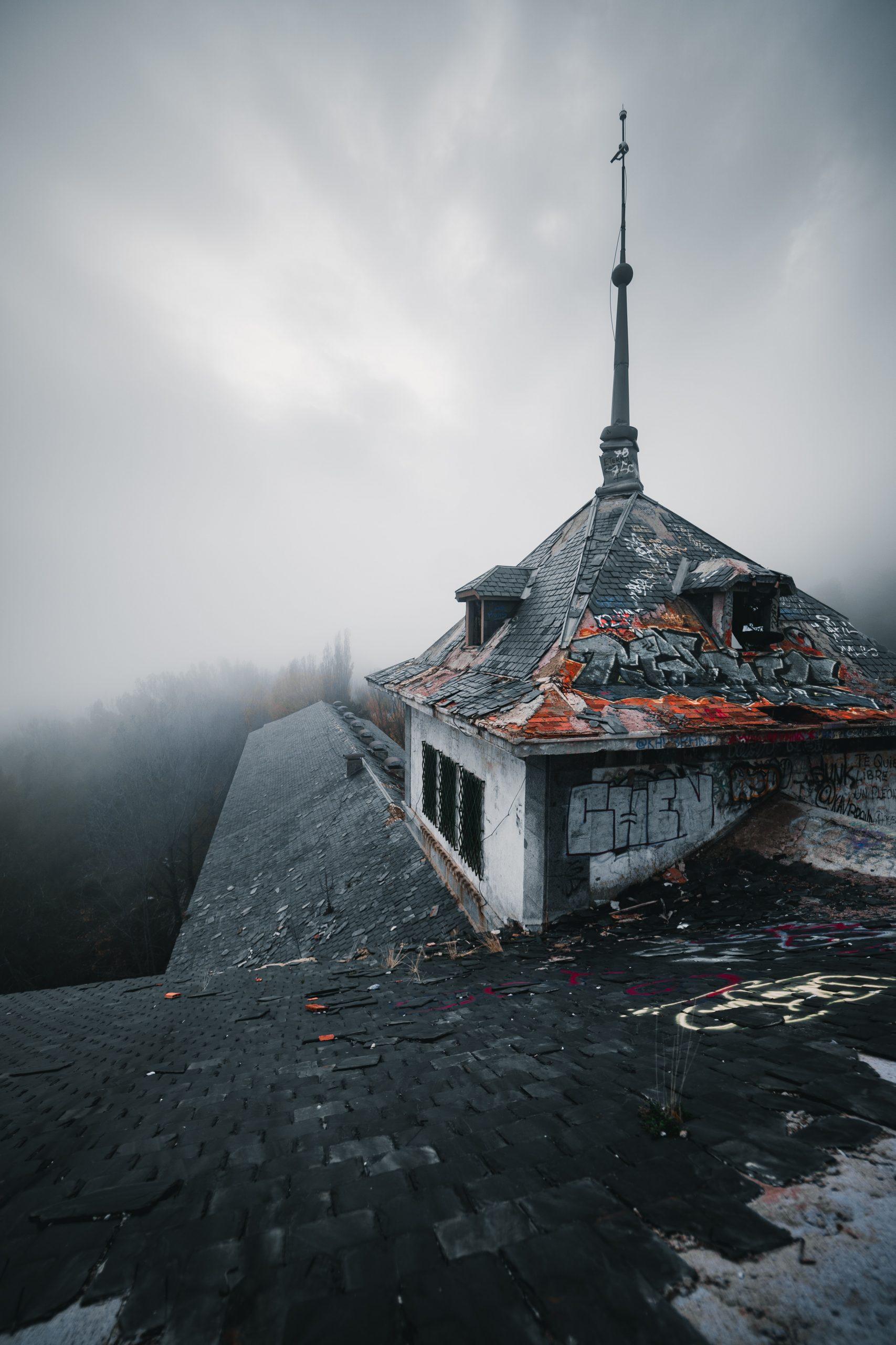 Beautiful Roof Wallpaper